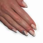 Jak na křehké a lámavé nehty?