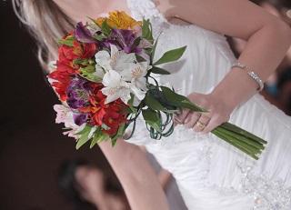 svatebni-kytice